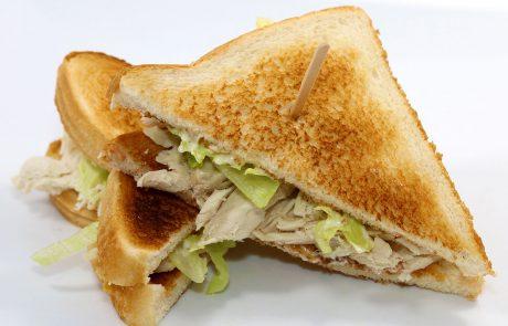 Casse-Croûte d'en Haut - Sandwich au poulet