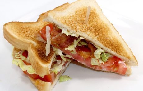 Casse-Croûte d'en Haut - Sandwich BLT